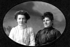 Stella and Kate Hines, from Ancestry.com member pamelaasmith.
