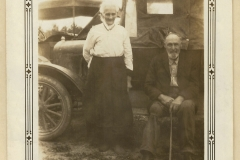 Left to right: Bertha Marie Tonnesdatter Olson, unknown man.