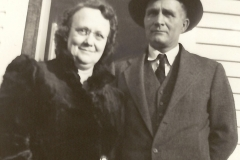 Beaulah and Clarence Wetherbee.